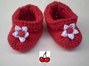 sapatinhos-de-bebe-croche-vermelho