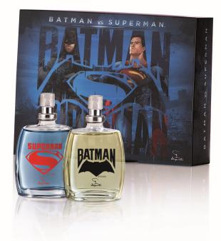 Sucesso nos cinemas, esse estojo traz para os garotos as colônias dos super-heróis mais amados e poderosos da história: Batman (fougère refrescante/25 ml) e Superman (fougère refrescante/25ml). Preço: R$ 35,90. Lançamento Jequiti