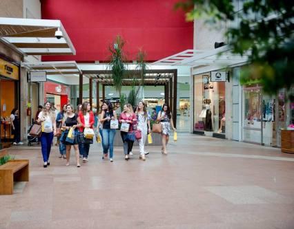 amigas_shopping